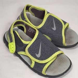 Nike Toddler Sandel Shoes Size 9 (9C) Gray Yellow